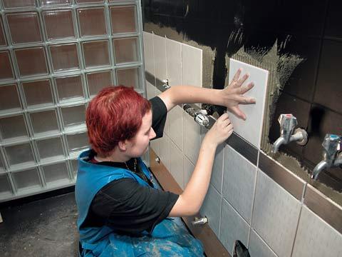Pesuhuoneen laatoitus ohjeet