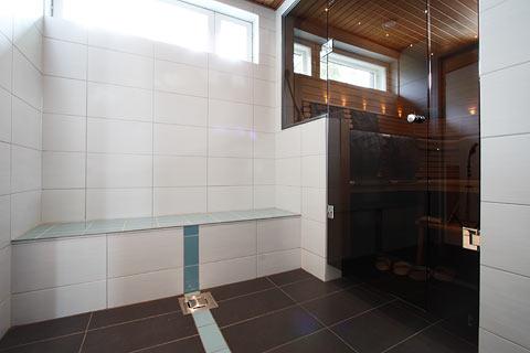 Lattialämmitys lämpötila kylpyhuone