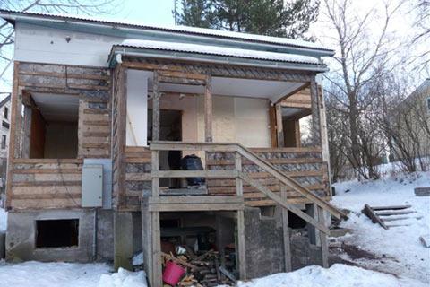 Vanhan talon purku ja uuden rakentaminen