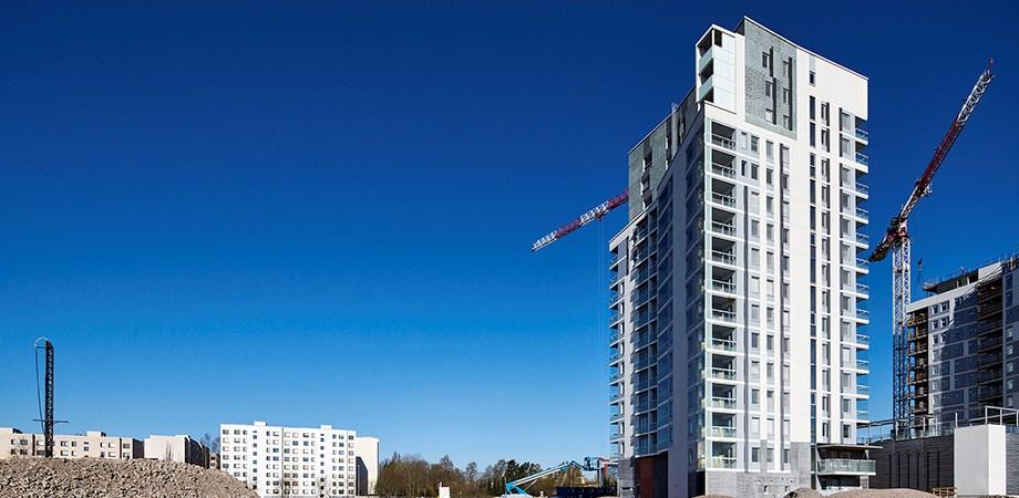 Runoratsunkatu on yksi korkeimmista asuinkerrostaloista, mihin Rudus on toimittanut julkisivuelementit.