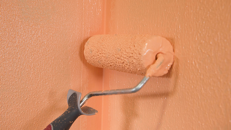 Märkätilarakentamisen primereiden, tasoitteiden ja vedeneristeiden kuivumisen olosuhderiippuvuutta tutkitaan myös. Tulokset voivat auttaa suuria teollisia kylpyhuonevalmistajia optimoimaan omat olosuhteensa.
