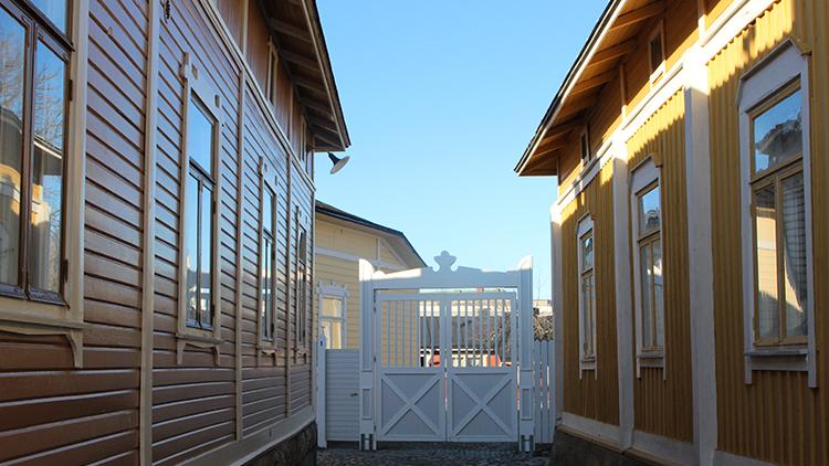 Vanha Rauma on arvokas maailmanperintökohde ja siellä tehtävät talojen remontoinnit vaativat ammattitaitoa.