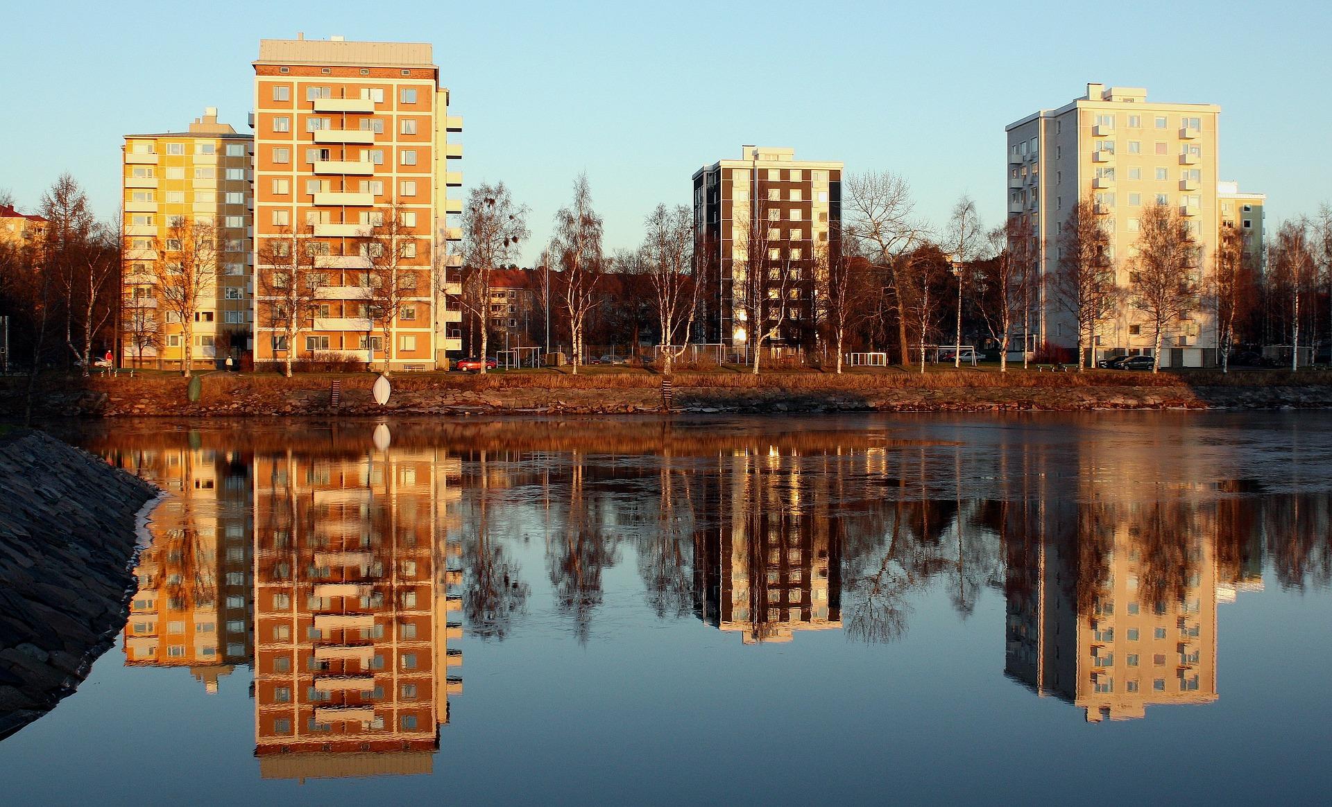 Asumiskulut kerrostaloissa olivat kalliimmat verrattuina muihin asumismuotoihin.