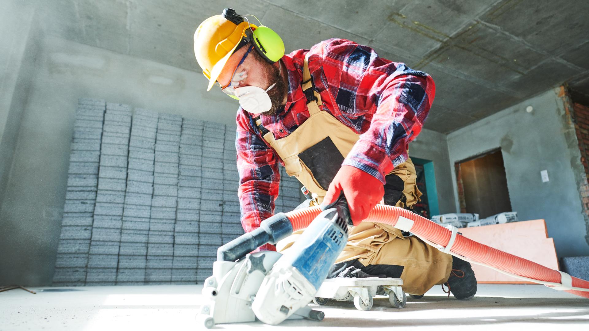 Kertakäyttöiset hengityssuojaimet ovat tiiviissä käytössä työmailla, tosin yksittäistä suojainta käytetään usein liian pitkiä aikoja