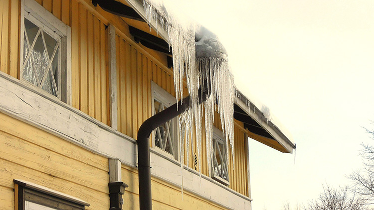 750 icicles-1225691_1920
