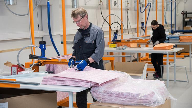 Sentakia Oy panostaa toiminnassaan tuotteiden, tuotantotekniikan ja palveluprosessin jatkuvaan kehitystyöhön.