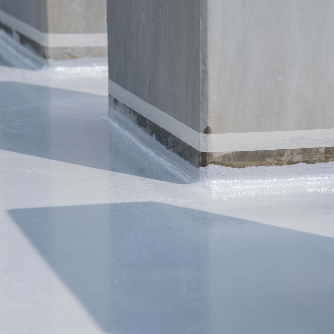 Korjausrakennuskohteissa kreosoottipitoisia vesieristeitä voi jäädä rakenteiseen aiheuttaen pidemmällä aikavälillä sisäilmahaittoja, kun pinnat uusitaan ja päällystetään ilman perusteellista rakenteiden haitta-aineselvitystä.