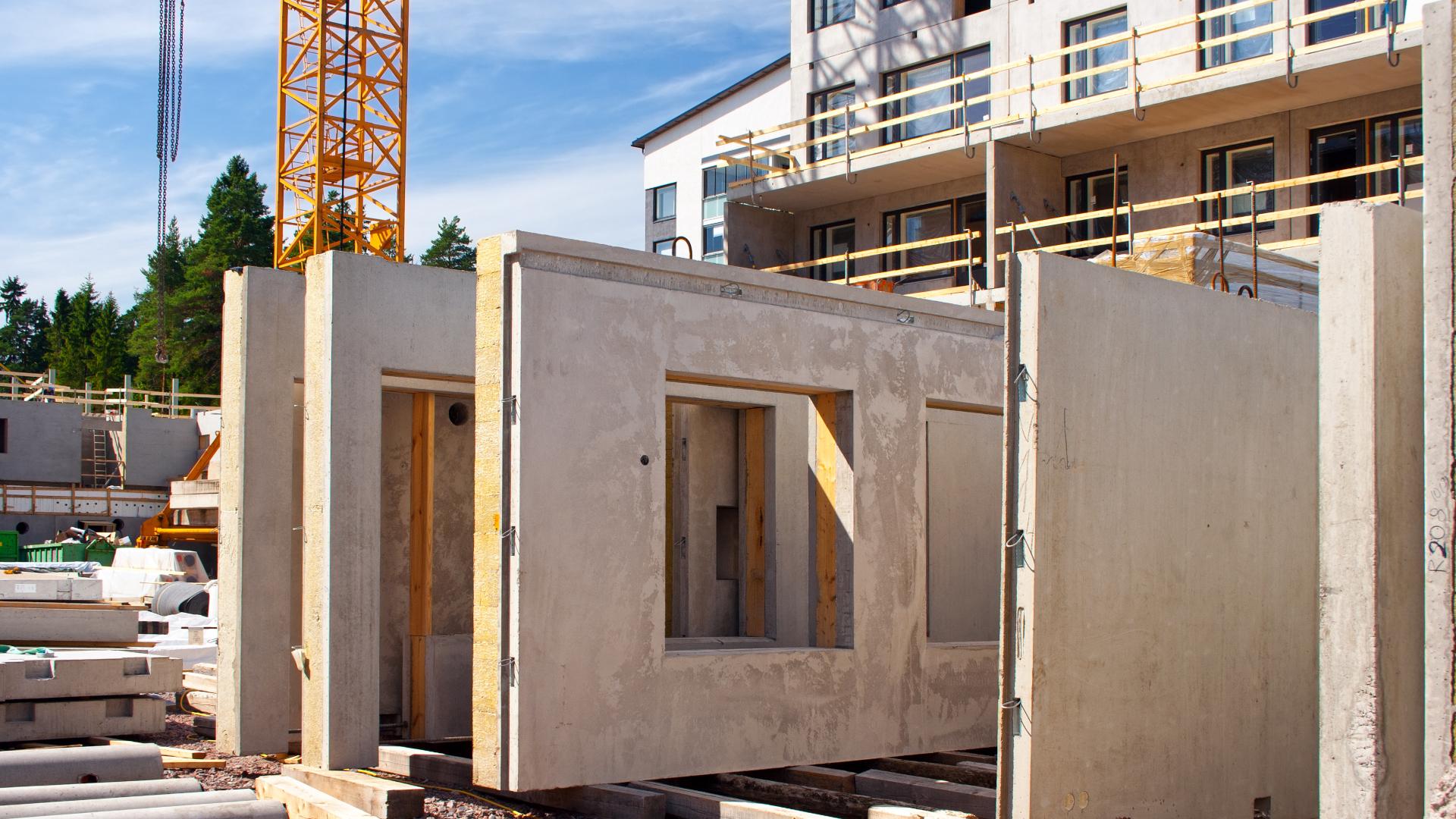 Rakennusmateriaalien kiertotaloutta pyritään tuomaan uudistuksessa osaksi rakentamisen ketjua