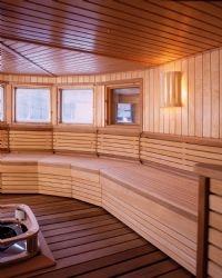 Saunavalaisin AVH 15.1 seinäasennus mäntyritilällä