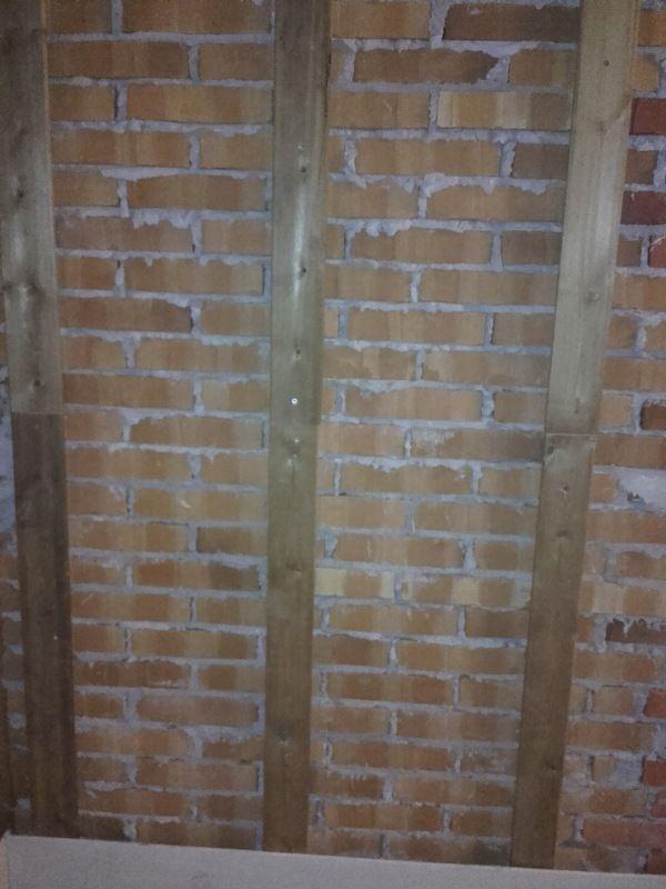 Saunan Seinärakenne
