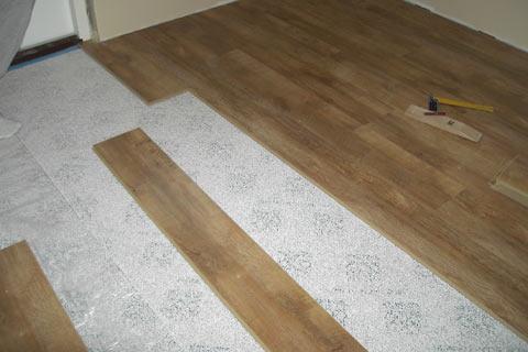 Laminaatin asennus epätasaiselle lattialle