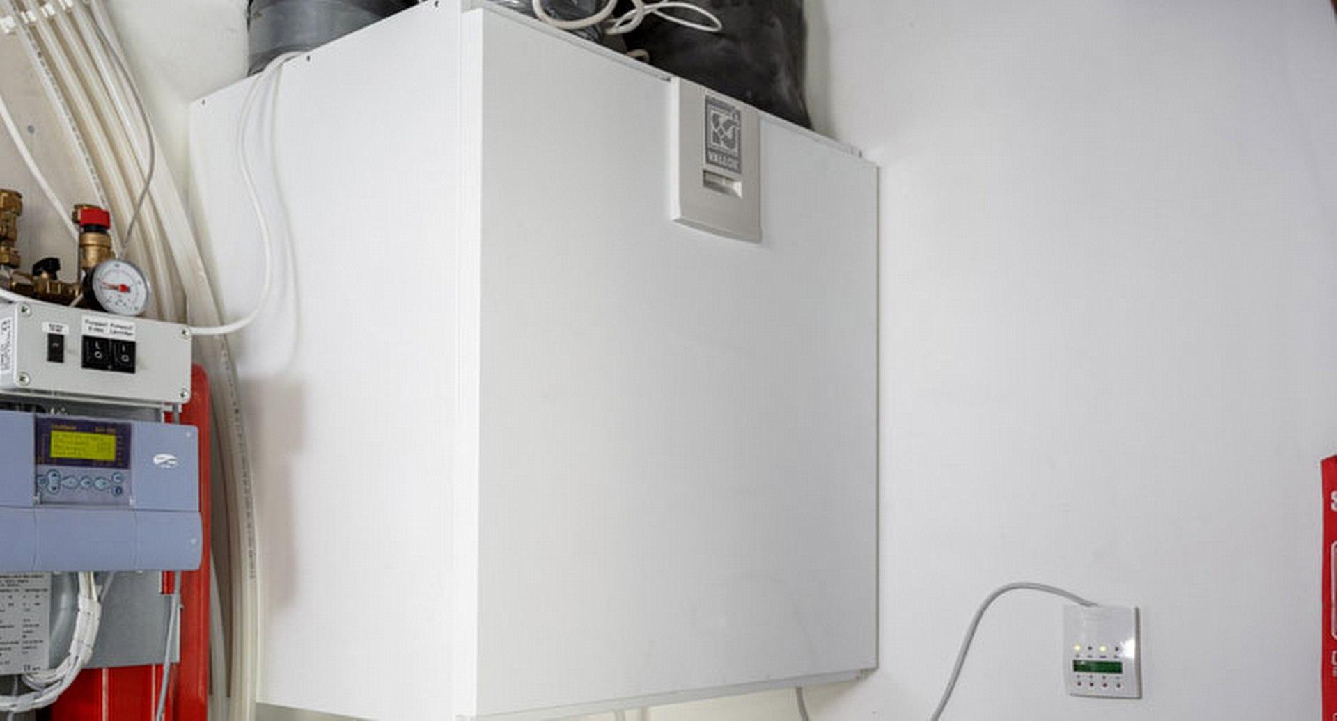 Ilmanvaihtokoulussa opastetaan koneellisen ilmanvaihdon saloihin