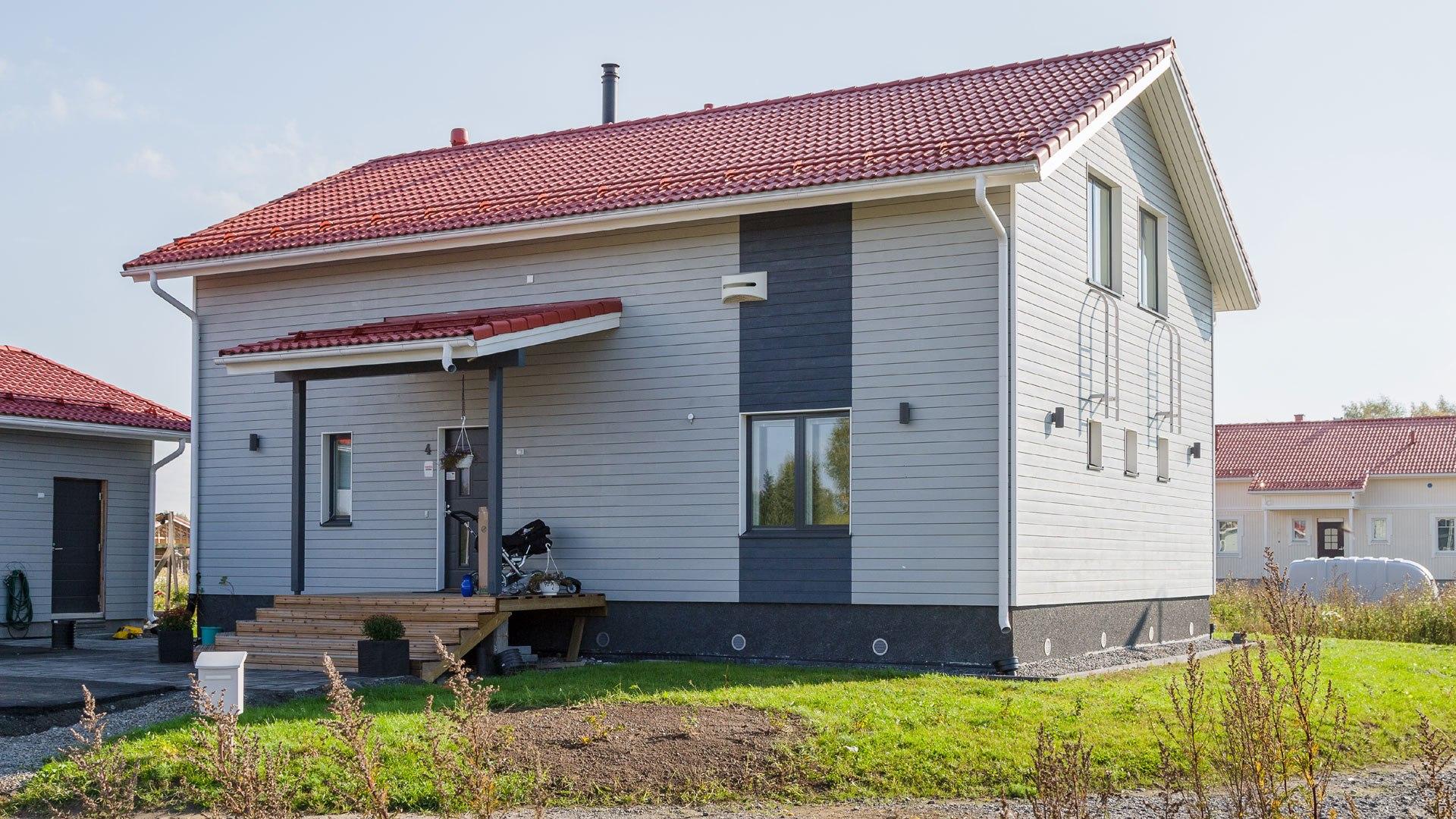 Kastelli-talo Porin Murtosenmutkaan