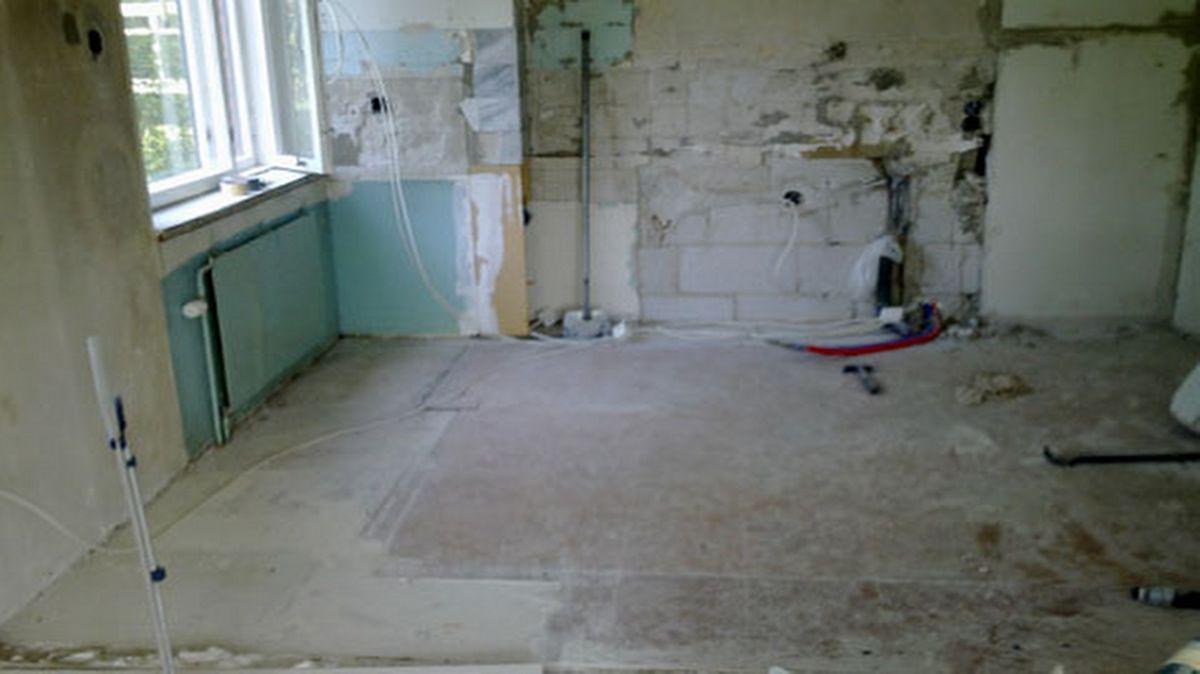 Vanhan keittiön purku