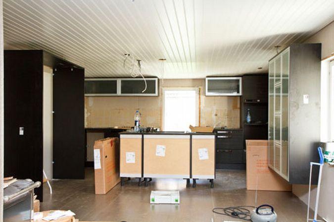 Puustelli keittiön asennus
