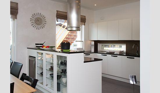 Asuntomessujen keittiöt
