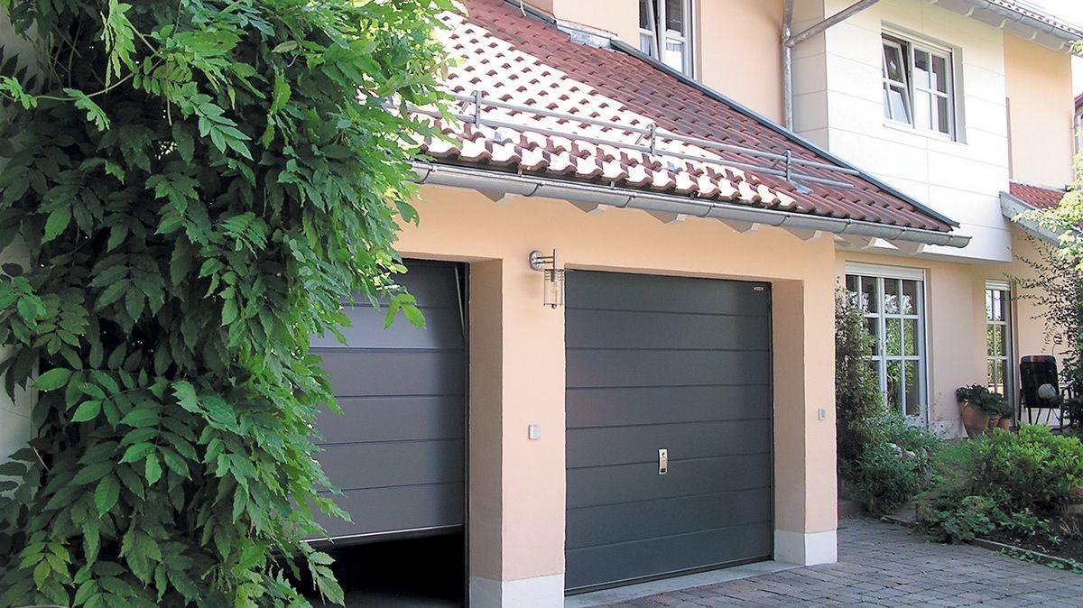 Uudet ovet autotalliin