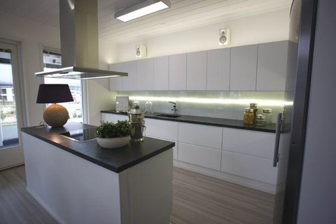 Asuntomessut Jyväskylässä  keittiöt esittelyssä