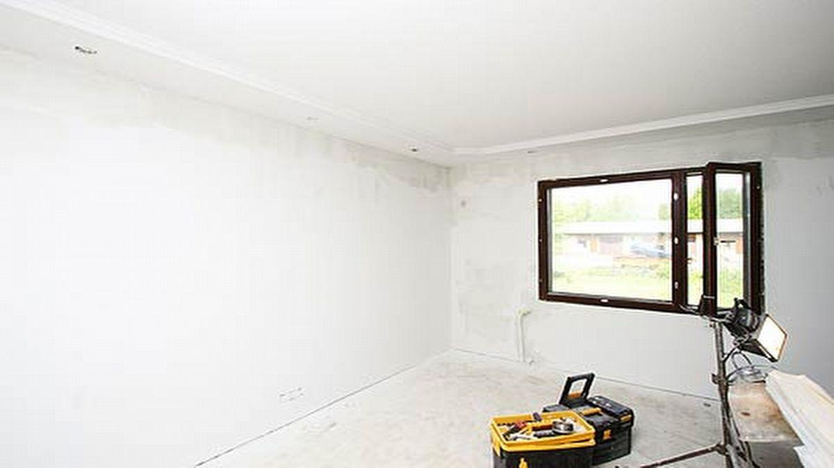 Seinien hionta ja pohjamaalaus