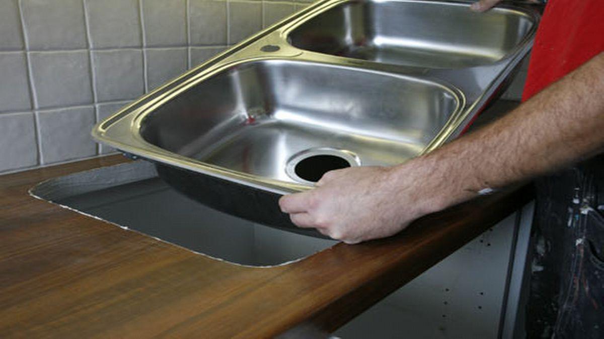 Pesualtaan, hanan ja kodinkoneiden asennus