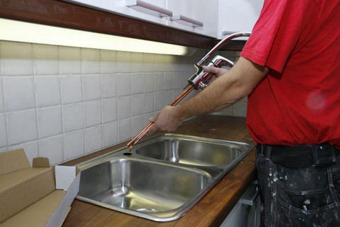 Pesualtaan, hanan ja kodinkoneiden asennu