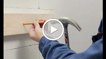 sähköjohdon kiinnitys betoniseinään